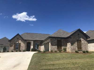 Brandon Single Family Home For Sale: 114 Coventry Ln