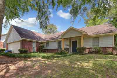 Brandon Single Family Home Contingent/Pending: 322 Coventry Ct