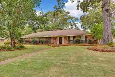 Brandon Single Family Home For Sale: 146 Forest Ridge Dr