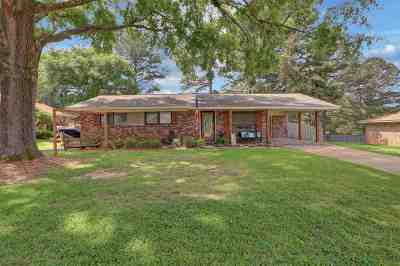 Pearl Single Family Home Contingent/Pending: 2431 Upper Dr