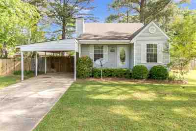 Florence, Richland Single Family Home For Sale: 1410 Steen's Creek Dr