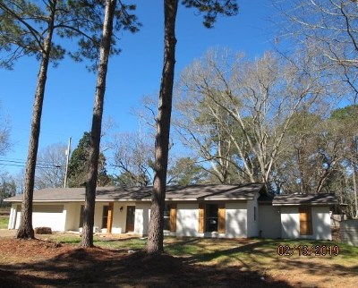 Simpson County Single Family Home Contingent/Pending: 202 Universal Dr