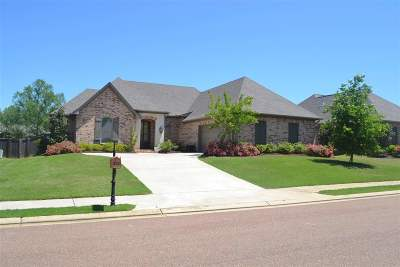Flowood Single Family Home Contingent/Pending: 269 Bellamy Ct
