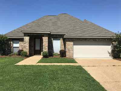 Pearl Single Family Home Contingent/Pending: 317 London Way