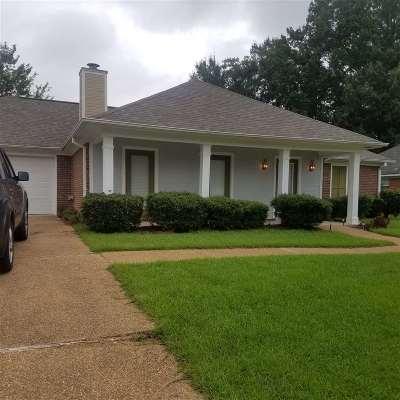 Brandon Single Family Home For Sale: 339 White Oak Dr