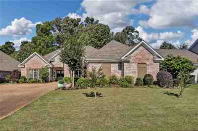 Rankin County Single Family Home Contingent/Pending: 229 Lighthouse Ln