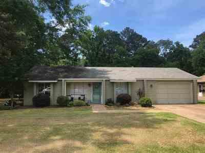 Brandon Single Family Home Contingent/Pending: 101 Turtle Creek