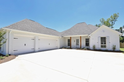 Hinds County, Madison County, Rankin County Single Family Home For Sale: 272 Harris Circle
