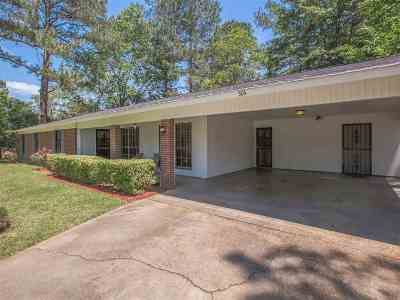 Jackson Single Family Home Contingent/Pending: 304 Valley Vista Dr