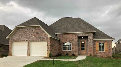 Brandon Single Family Home For Sale: 103 Willow Pl
