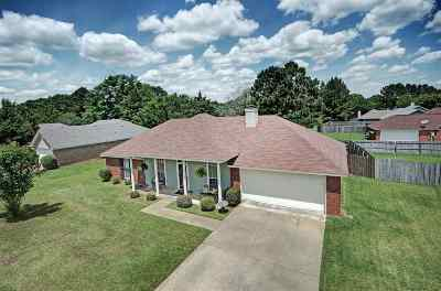 Byram Single Family Home Contingent/Pending: 6009 Cedar Glen Dr
