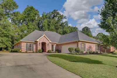 Rankin County Single Family Home Contingent/Pending: 121 Victoria Pl