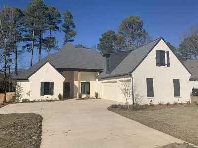 Madison Single Family Home For Sale: 141 Selby Dr