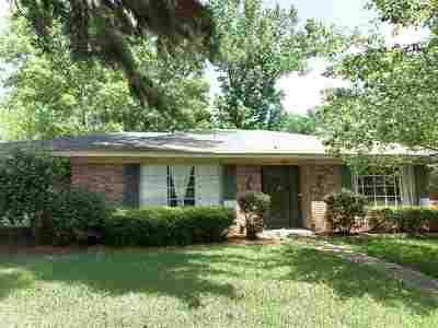 Jackson Single Family Home Contingent/Pending: 5106 Kaywood Cir