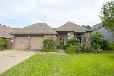 Lake Caroline Single Family Home For Sale: 125 Hampton Chase
