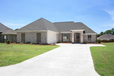 Madison Single Family Home For Sale: 503 Carpenter Cv