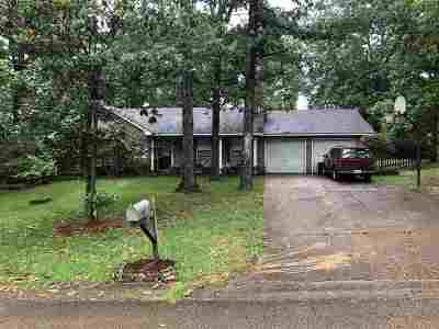 Madison County Single Family Home Contingent/Pending: 751 Green Forest Rd