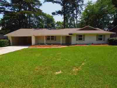 Pearl Single Family Home Contingent/Pending: 140 Belaire Dr