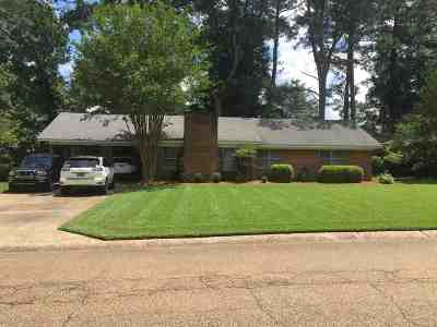 Pearl Single Family Home Contingent/Pending: 2337 Upper Dr