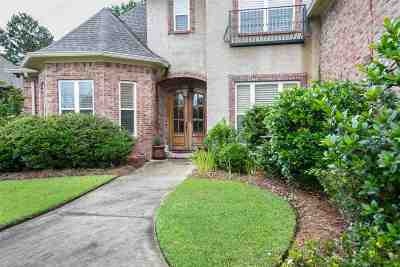 Brandon Single Family Home For Sale: 148 Woodlands Glen Cir