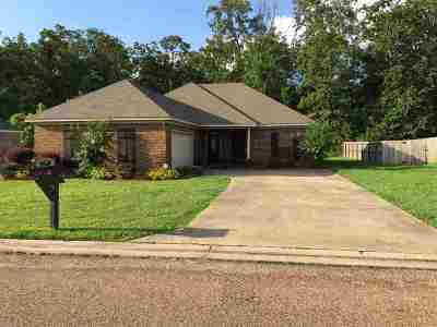 Pearl Single Family Home Contingent/Pending: 531 Oak Park Cir