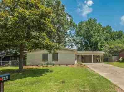Clinton Single Family Home Contingent/Pending: 642 Berkshire Dr