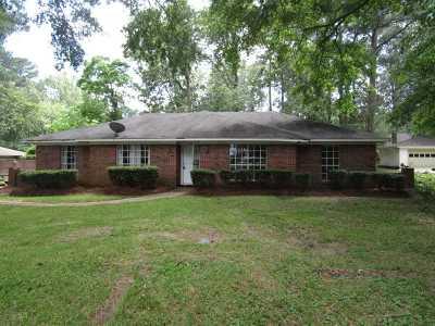 Brandon Single Family Home For Sale: 600 Audubon Point Dr