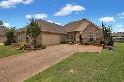 Brandon Single Family Home For Sale: 312 Flagstone Dr