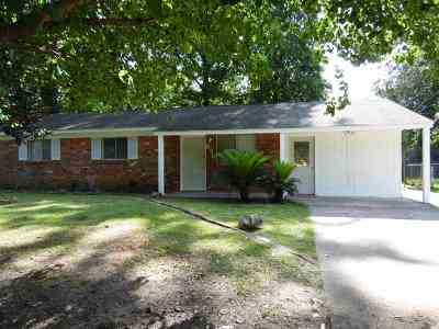 Ridgeland Single Family Home Contingent/Pending: 670 Ralde Cir