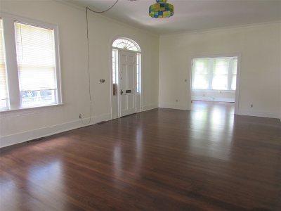 Jackson Single Family Home For Sale: 450 Dunbar St