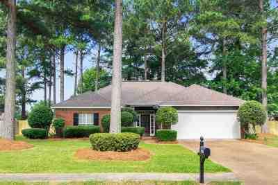Brandon Single Family Home Contingent/Pending: 1245 Barnett Bend Dr