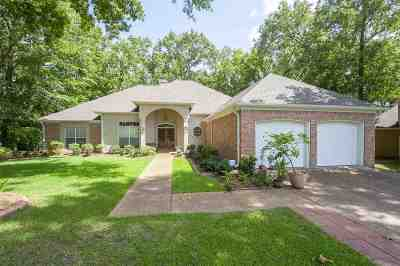 Madison Single Family Home For Sale: 101 Sunflower Rd
