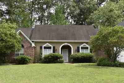 Ridgeland Single Family Home For Sale: 321 Autumn Crest Dr
