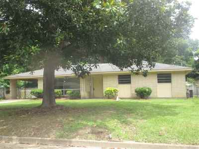 Jackson Single Family Home For Sale: 1152 Corinth St