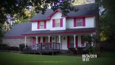 Byram Single Family Home For Sale: 240 Bryan Cv