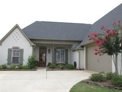 Flowood Single Family Home For Sale: 307 Royal Pond Circle