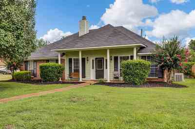 Flowood Single Family Home Contingent/Pending: 3011 Windwood Cir