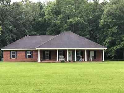 Scott County Single Family Home For Sale: 19485 Hwy 80 E Hwy