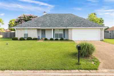Byram Single Family Home Contingent/Pending: 5036 Wagonwheel Dr