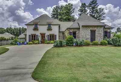 Madison Single Family Home For Sale: 201 St Charlotte Cv