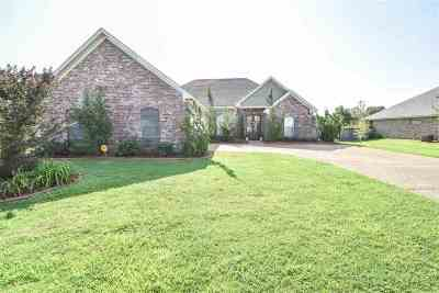 Pearl Single Family Home For Sale: 525 Westfield Dr