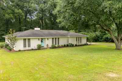 Canton Single Family Home For Sale: 349 Bob White Dr