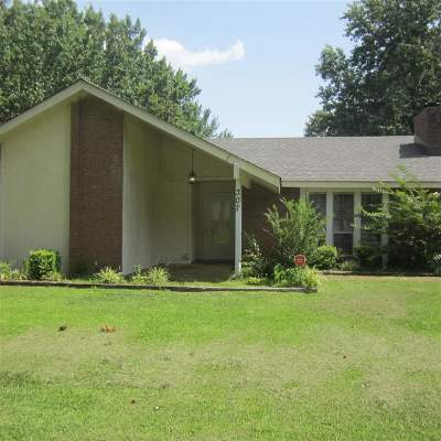 Ridgeland Single Family Home For Sale: 307 Pear Orchard Cir