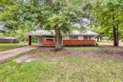 Pearl Single Family Home Contingent/Pending: 154 Skylane