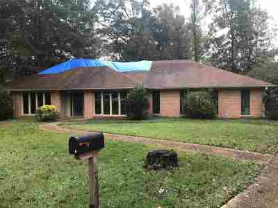 Rankin County Single Family Home Contingent/Pending: 210 Greenfield Pl