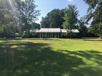Smith County Single Family Home Contingent/Pending: 6507 Hwy 35 N