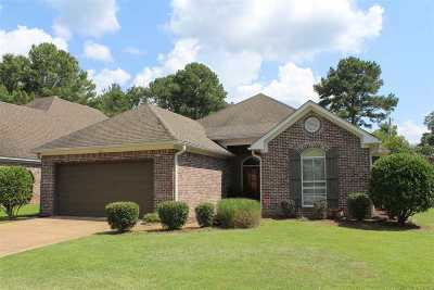 Ridgeland Single Family Home For Sale: 213 Rampart St