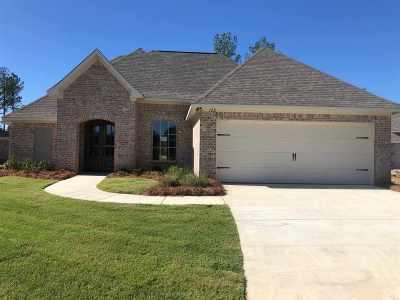 Lake Caroline Single Family Home For Sale: 122 Hampstead Dr