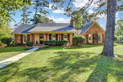 Brandon Single Family Home Contingent/Pending: 314 Woodlands Dr