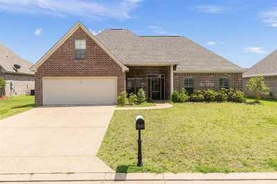 Rankin County Single Family Home For Sale: 145 Beechwood Cir